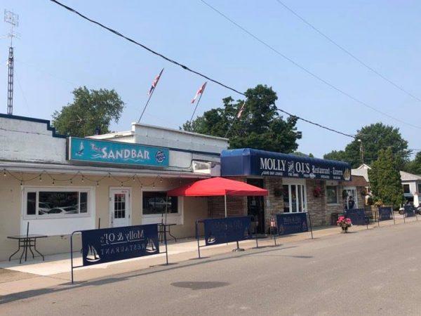 Molly and OJ's and Sandbar, Erieau